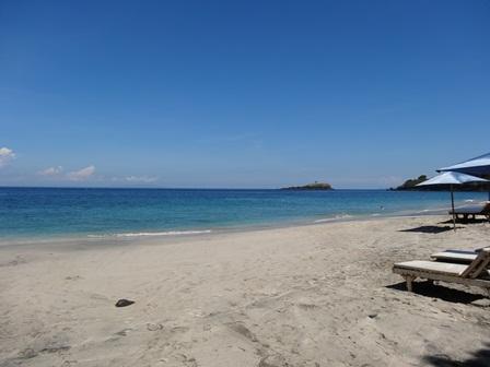 DSC05385 Pantai Pasir Putih.jpg