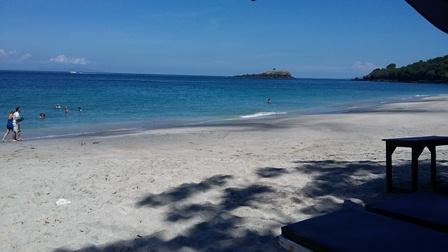 Pantai Pasir Putih 1.jpg