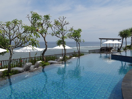 Main Pool 9.jpg