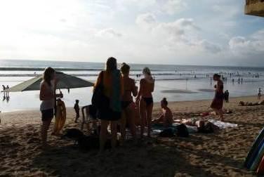 Low Res Kuta Beach 1009 Sore 1507540322027.jpg