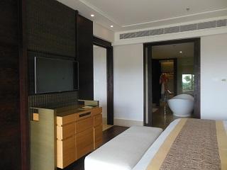 リッツカールトン・バリ スイートルーム 寝室