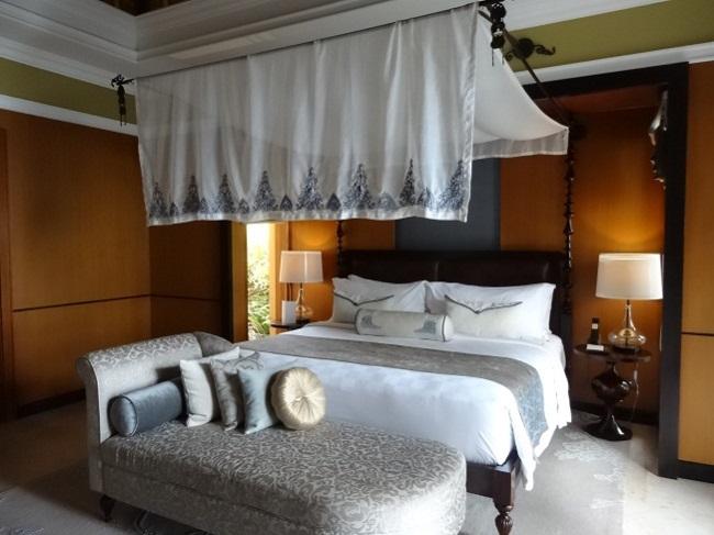 ザ・ヴィラズ・アット・アヤナ・リゾート・バリ 1ベッドルームオーシャンフロントプールヴィラ ベッドルーム