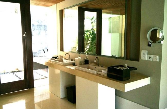 ザ・バレ デラックスシングルパビリオン 洗面台