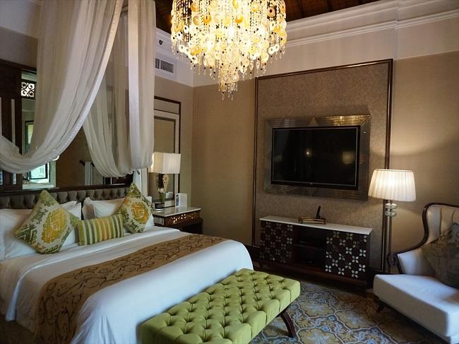 ザ・セントレジス バリ リゾート 1ベッドルームラグーンヴィラ ベッドルーム