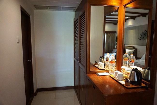 バリ・マンディラ・ビーチ・リゾート スーペリアルーム コーヒー、紅茶セット