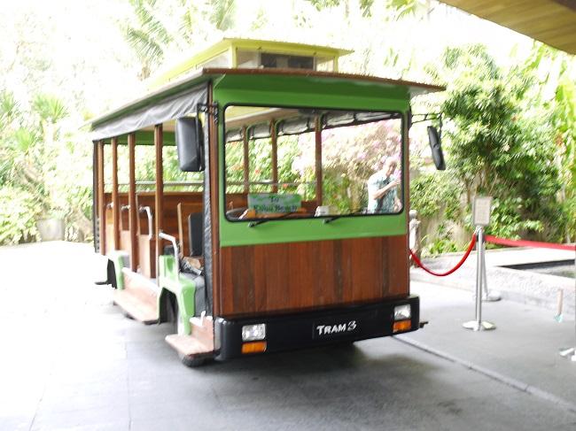 アヤナリゾート&スパバリ 無料シャトルバス