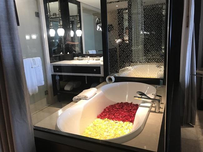 アヤナリゾート&スパバリ バスルーム