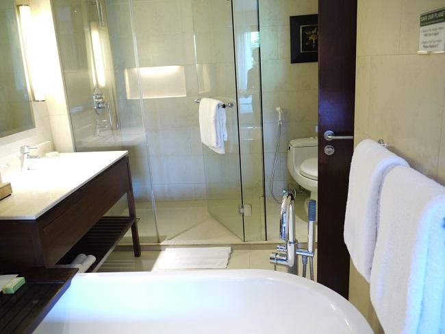 パドマリゾートレギャン デラックスルーム バスルーム