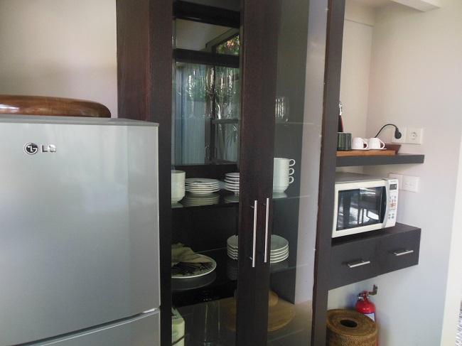 アラヤデダウンクタ デラックスプールヴィラ 電子レンジや冷蔵庫