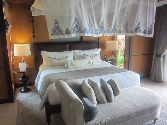 ザ・ヴィラズ・アット・アヤナ・リゾート・バリ 1ベットオーシャンビュープールヴィラ ベットルーム