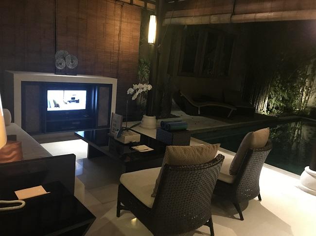 ヴィラ アイルバリ ブティック リゾート ガーデンプールヴィラ2ベッドルーム リビングルーム