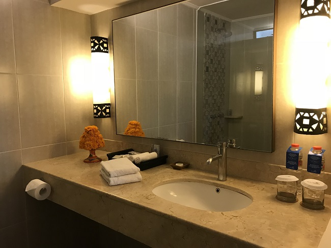 バリ・マンディラ・ビーチ・リゾート デラックススクラブ 洗面台