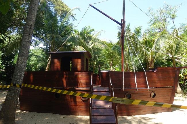ハイアット リージェンシー バリ キャンプハイアット 船の形の遊具