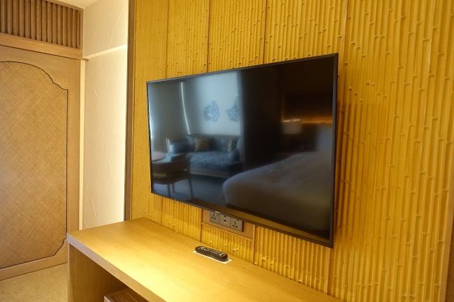 ハイアット リージェンシー バリ プレミアムルーム 壁掛けテレビ