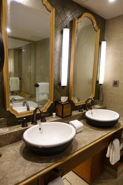 ハイアット リージェンシー バリ プレミアムルーム 洗面台