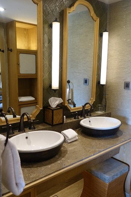 ハイアット リージェンシー バリ スタンダードルーム 洗面台