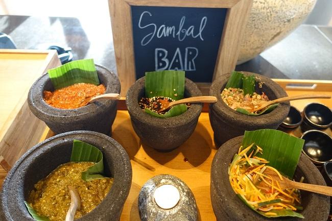 ハイアット リージェンシー バリ オマンオマンレストラン SAMBAL BAR