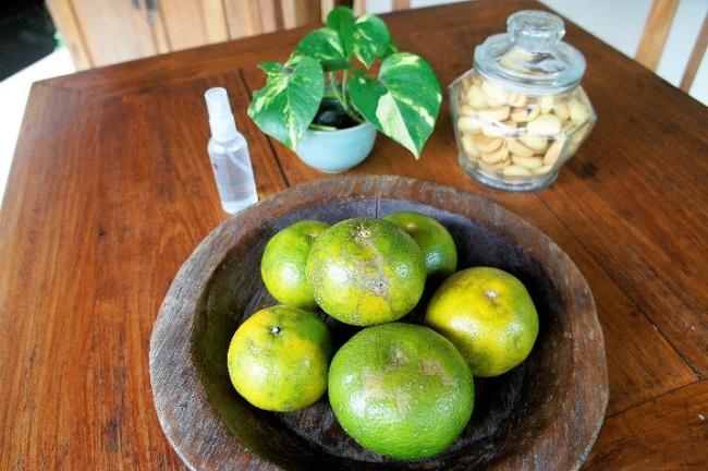 コマネカ アット モンキーフォレスト プールヴィラ 毎日用意されるフルーツ