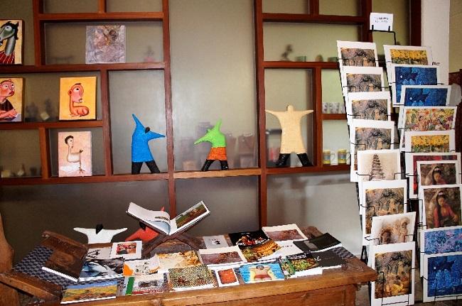 コマネカ アット モンキーフォレスト コマネカ・ファイン・アート・ギャラリー 室内-1
