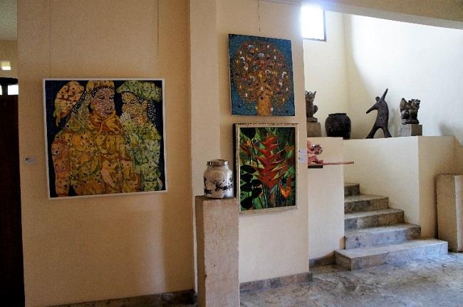 コマネカ アット モンキーフォレスト コマネカ・ファイン・アート・ギャラリー 室内-2
