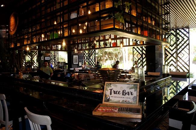 インディゴ スミニャック ビーチ Tree Bar-1