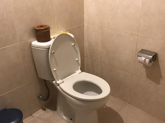 クンティバリ トイレ
