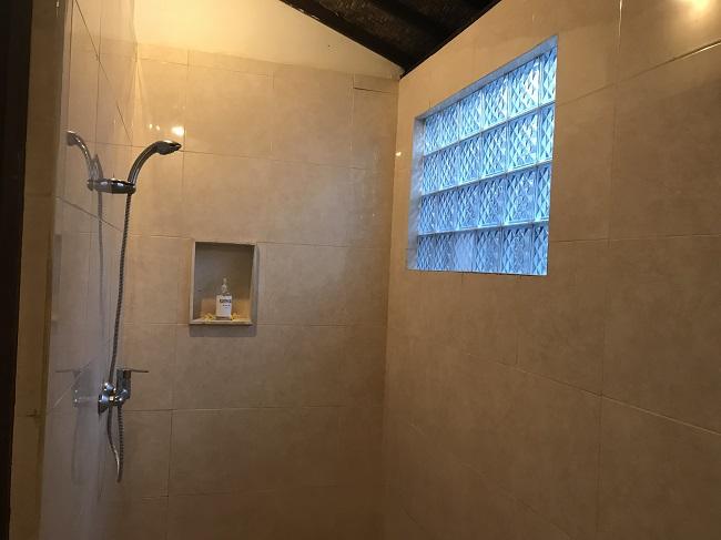 クンティバリ シャワールーム