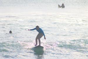 サーフィンスクール半日コース